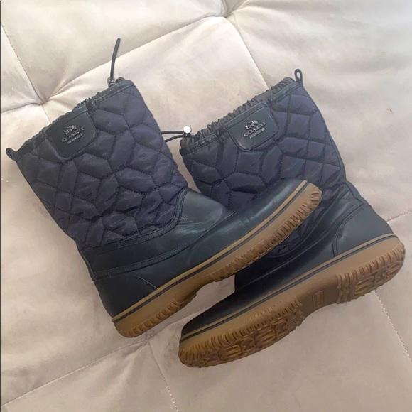 Coach women's snow/rain insulated boot
